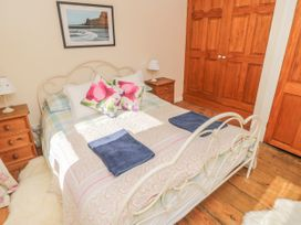 Salmon Cottage - North Yorkshire (incl. Whitby) - 1021542 - thumbnail photo 13