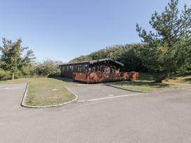 16 Amber Wood Lodge - South Coast England - 1021624 - thumbnail photo 2