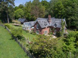 5 bedroom Cottage for rent in Brockenhurst