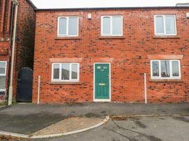3 bedroom Cottage for rent in Leek