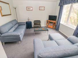 Apartment 22 - South Wales - 1022187 - thumbnail photo 5