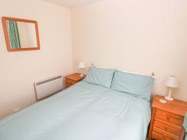 Apartment 22 - South Wales - 1022187 - thumbnail photo 12