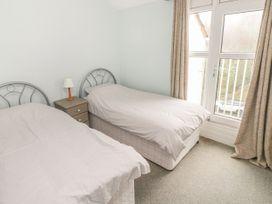 Apartment 22 - South Wales - 1022187 - thumbnail photo 17