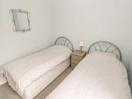Apartment 22 - South Wales - 1022187 - thumbnail photo 18