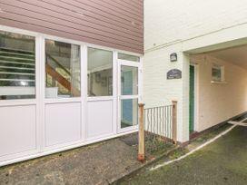 Apartment 22 - South Wales - 1022187 - thumbnail photo 3