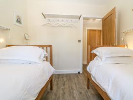 4 Loveday Mews - Cotswolds - 1022261 - thumbnail photo 17