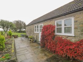 Cartwheel Cottage - Whitby & North Yorkshire - 1022390 - thumbnail photo 2