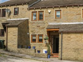 3 bedroom Cottage for rent in Haworth