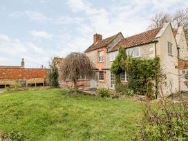 5 bedroom Cottage for rent in Glastonbury