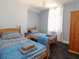 Sandpiper - North Wales - 1022856 - thumbnail photo 17