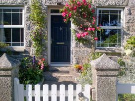 Jackdaw Cottage - Cornwall - 1024118 - thumbnail photo 1