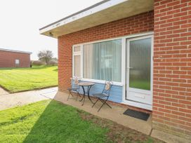 2 bedroom Cottage for rent in Mundesley