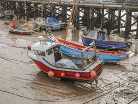 Chalet 280 - Whitby & North Yorkshire - 1024141 - thumbnail photo 16