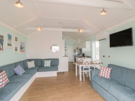 Chalet 280 - Whitby & North Yorkshire - 1024141 - thumbnail photo 4
