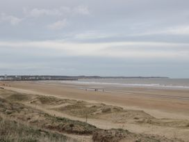 Chalet 280 - Whitby & North Yorkshire - 1024141 - thumbnail photo 13