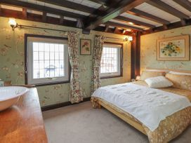 Rover Cottage - Kent & Sussex - 1024214 - thumbnail photo 9