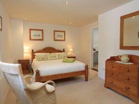 Easton Court - Devon - 1024473 - thumbnail photo 24