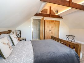 Half Acre Cottage Annexe - Central England - 1024589 - thumbnail photo 16