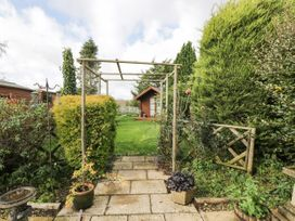 Ground Floor Annexe - Cotswolds - 1024672 - thumbnail photo 19