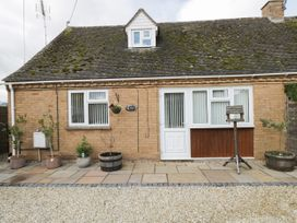 Ground Floor Annexe - Cotswolds - 1024672 - thumbnail photo 1