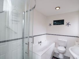 Ground Floor Annexe - Cotswolds - 1024672 - thumbnail photo 17