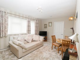 Ground Floor Annexe - Cotswolds - 1024672 - thumbnail photo 7