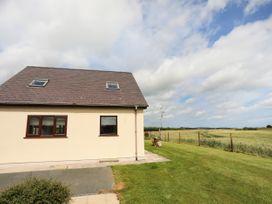 Bwthyn Cae Haidd - Anglesey - 1024745 - thumbnail photo 2