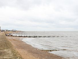 Sea Breeze - Norfolk - 1024804 - thumbnail photo 44