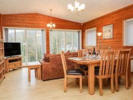 Watersview Lodge - Peak District - 1024823 - thumbnail photo 5