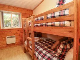 Watersview Lodge - Peak District - 1024823 - thumbnail photo 14
