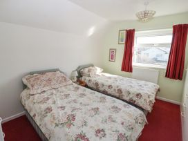 50 Ger Y Mor - Anglesey - 1024908 - thumbnail photo 12