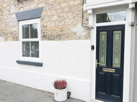Potter Hill Cottage - Whitby & North Yorkshire - 1025071 - thumbnail photo 2
