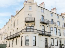 38C The Crescent - Whitby & North Yorkshire - 1025220 - thumbnail photo 1