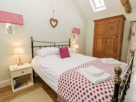 Wood Cottage - Whitby & North Yorkshire - 1025549 - thumbnail photo 13