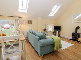 Wood Cottage - Whitby & North Yorkshire - 1025549 - thumbnail photo 4