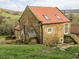 Wood Cottage - Whitby & North Yorkshire - 1025549 - thumbnail photo 2