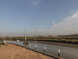 7 Waves - Kent & Sussex - 1025560 - thumbnail photo 12