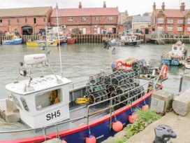 High Tides - Whitby & North Yorkshire - 1025616 - thumbnail photo 17