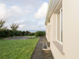 Clifftop Haven - Shancroagh & County Galway - 1025802 - thumbnail photo 23