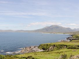 Clifftop Haven - Shancroagh & County Galway - 1025802 - thumbnail photo 26