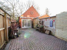 Rivendell Lodge Annex - Lincolnshire - 1025923 - thumbnail photo 2