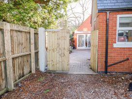 Rivendell Lodge Annex - Lincolnshire - 1025923 - thumbnail photo 3