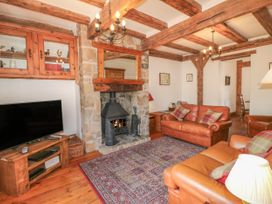 Lees Moor Cottage - Peak District - 1025990 - thumbnail photo 3