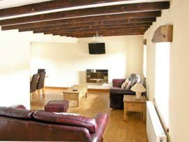 Stabal-y-Gwedd - North Wales - 10261 - thumbnail photo 5