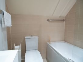 7 Harbour Reach - Dorset - 1026182 - thumbnail photo 21