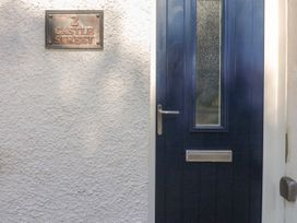 2 Castle Street - South Wales - 1026204 - thumbnail photo 1