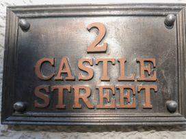 2 Castle Street - South Wales - 1026204 - thumbnail photo 2