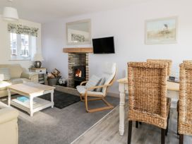 Causeway Cottage - Whitby & North Yorkshire - 1026211 - thumbnail photo 4