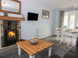 Causeway Cottage - Whitby & North Yorkshire - 1026211 - thumbnail photo 2