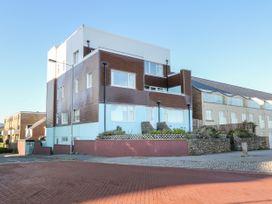Sea View Apartment - North Wales - 1026229 - thumbnail photo 1